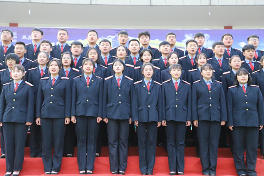 石家庄<a href='http://www.tljixiao.com/tldz/' target='_blank'><u>铁路技校</u></a>学生