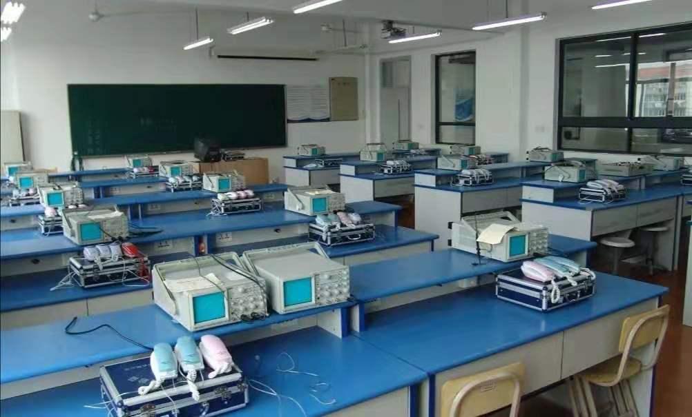 <a href='http://m.tljixiao.com' target='_blank'><u>石家庄<a href='http://m.tljixiao.com' target='_blank'><u>铁路学校</u></a></u></a>通信技术专业